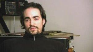"""Peter Joseph Merola, autor de """"Zeitgeist: the Movie"""" (2007) y """"Zeitgeist: Addendum"""" (2008)."""